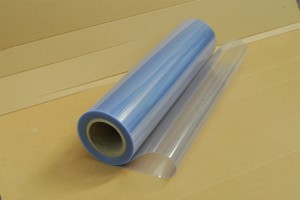 Lastra in PVC semirigido trasparente in rotoli mm.0,75 Cod.PVCSR